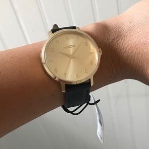 NWT nixon watch